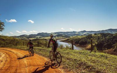 Abnehmen durch Fahrradfahren – Heimtrainer oder Outdoor? + Bonus Trainingsplan