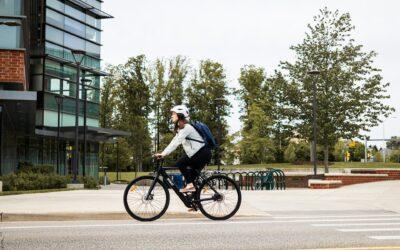 E-Bike Fitnessbike – Von Rohrakku über Mittelmotor bis Tiefeneinsteiger